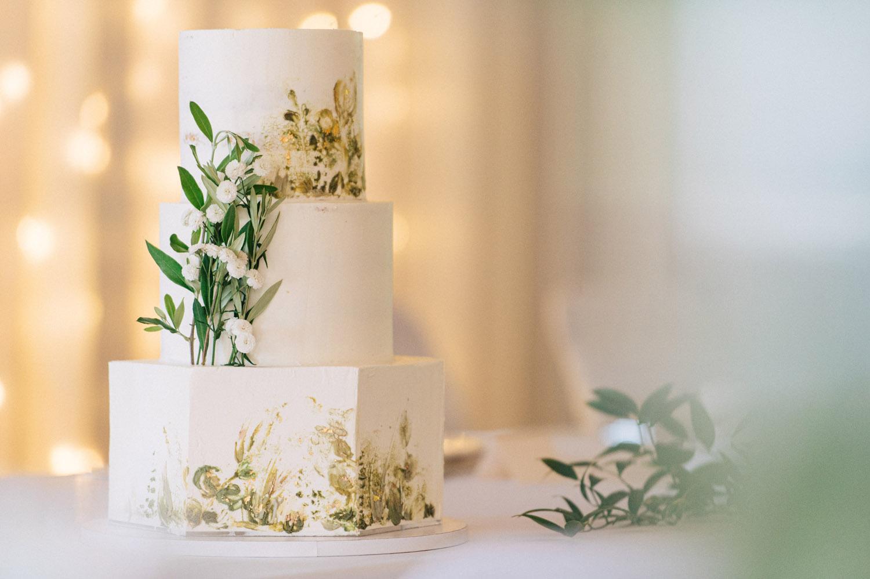 eskuvoi_torta